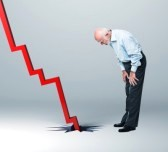 old-man-look-falling-financial-line